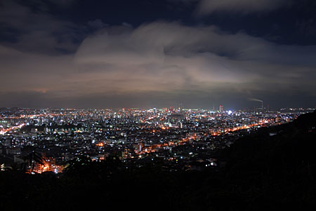 足立山山麓の夜景