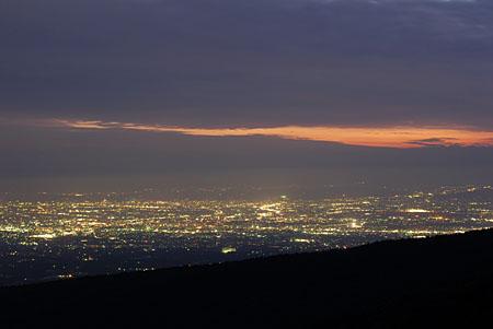 大パノラマ夜景展望台