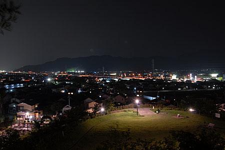 秋葉山公園の夜景