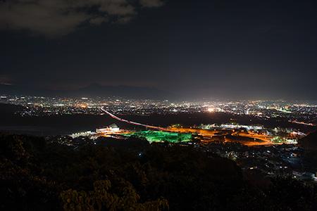 雨乞山中腹の夜景