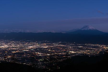 甘利山の夜景