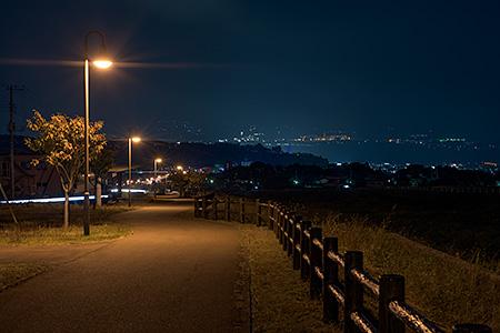 甘利沢川さくら公園の夜景