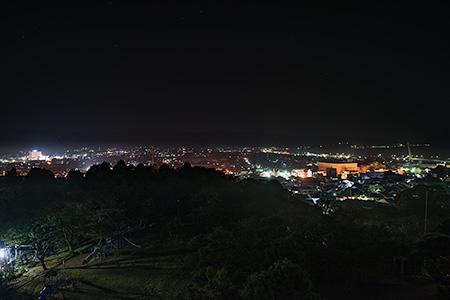 朝日山公園 展望台の夜景
