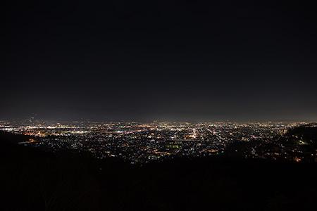 愛宕山少年自然の家の夜景