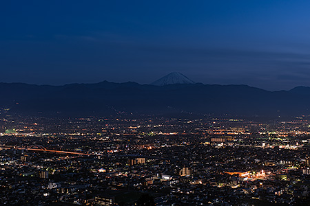 愛宕山(山梨県科学館 展望テラス)
