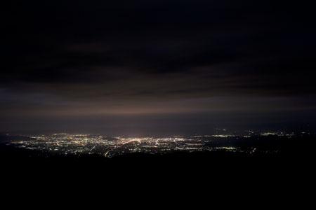 パーキングスペース 磐梯吾妻スカイラインの夜景