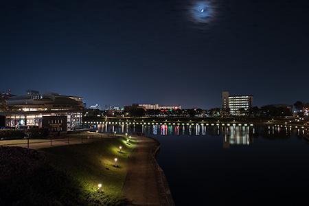 環水公園(カナルパーク)の夜景