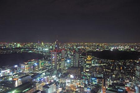 新宿センタービル 展望ロビーの夜景