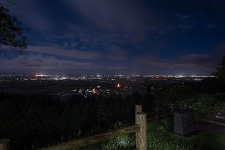 眺海の森の夜景
