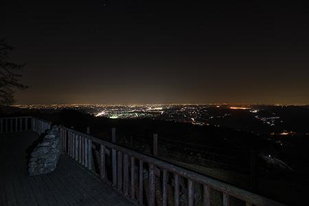 中間平の夜景