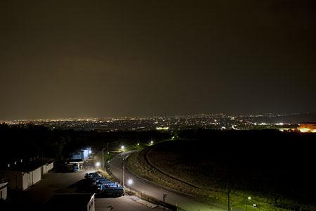 八尾中核工業団地展望台の夜景