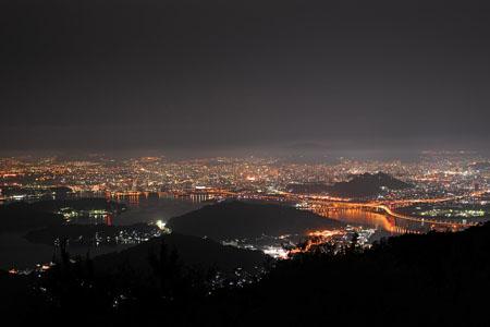 絵下山公園展望広場の夜景