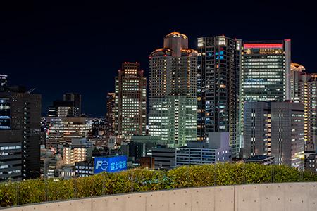 中之島フェスティバルタワー スカイロビーの夜景