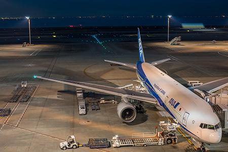 羽田空港 第2旅客ターミナル FLIGHT DECK TOKYOの夜景