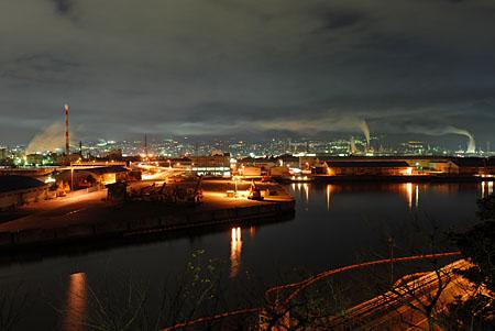 富士と港の見える公園の夜景