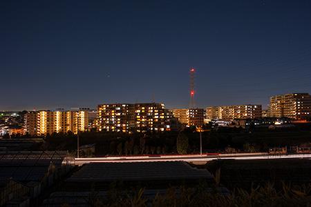 富士塚古墳の夜景