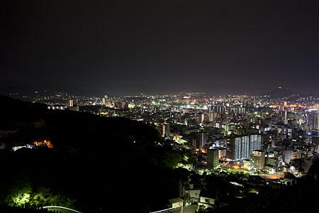 二葉山平和塔の夜景