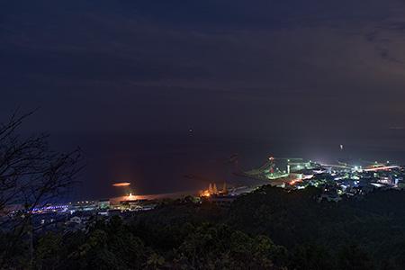 ふたみ潮風ふれあい公園 展望台の夜景