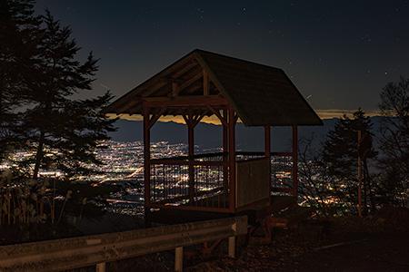儀丹の滝 展望台の夜景