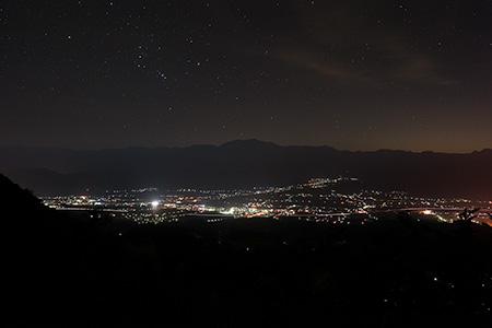 護国観世音の夜景