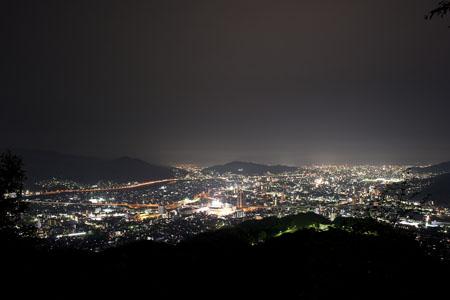 権現山憩の森の夜景