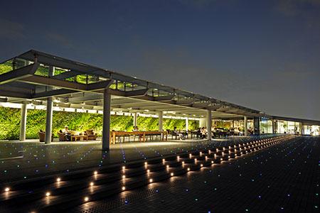 羽田空港 第2旅客ターミナル 展望デッキの夜景
