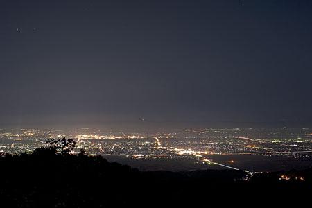 八方台 見送り地蔵付近の夜景