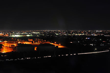 古代蓮の里 展望台の夜景