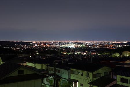 日の出団地4号公園の夜景