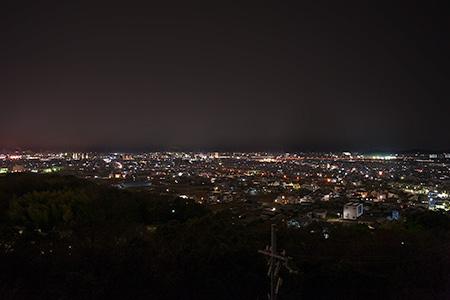 日岡山公園 屋上展望台の夜景