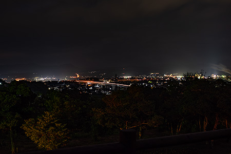 万葉公園 人麻呂展望広場