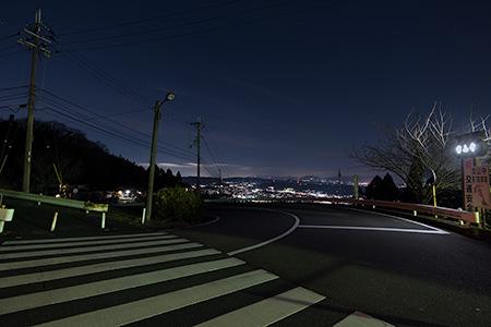 宝山寺の夜景