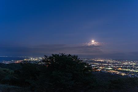 二上山の夜景