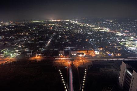 茨城県庁 展望ロビーの夜景
