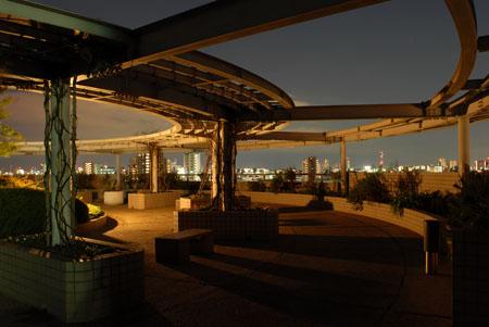 池上会館の夜景