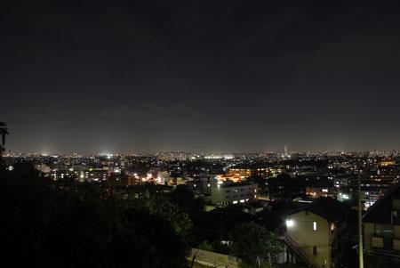 東生田緑地の夜景