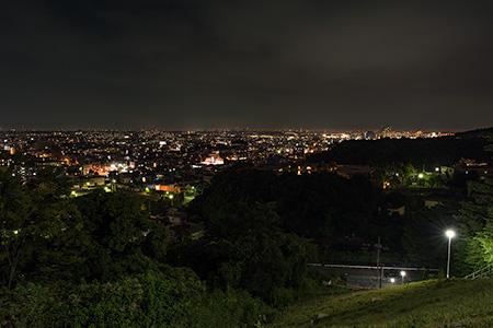 生田配水池の夜景