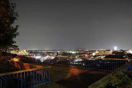稲荷山公園の夜景