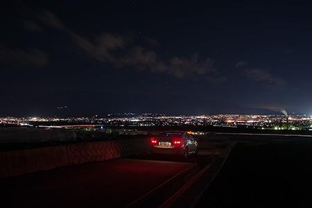 伊勢塚古墳の夜景