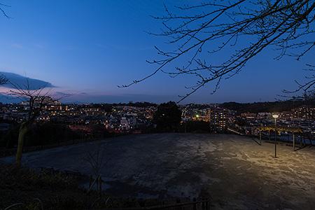 伊勢山公園 かざはや広場の夜景
