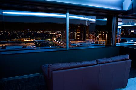 泉大津PA パノラマルームの夜景