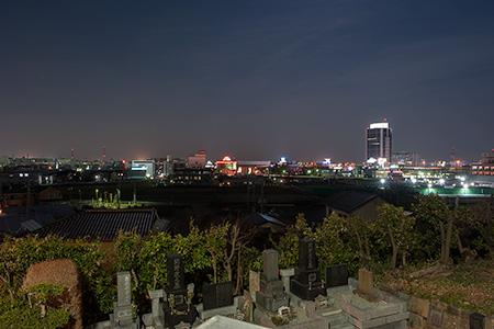 地頭山古墳の夜景