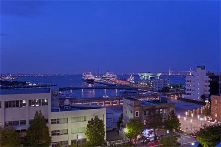 神奈川県庁 屋上展望台の夜景