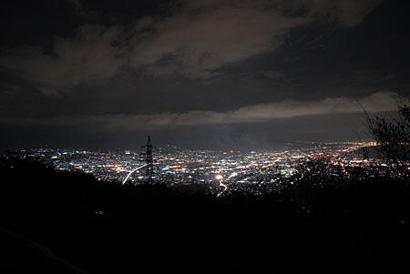 野田山健康緑地公園 金丸山広場の夜景