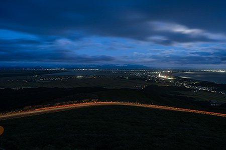 寒風山の夜景