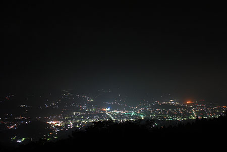 片曽根山の夜景