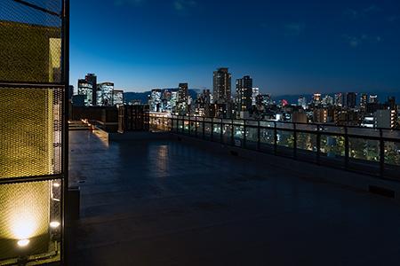 京阪シティモール 屋上庭園の夜景
