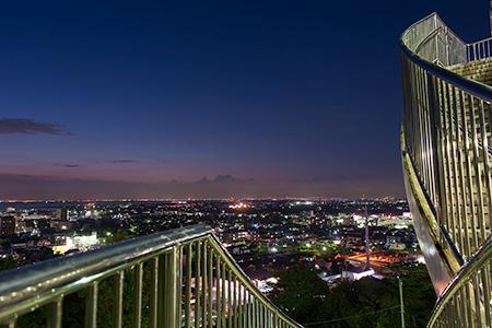 夜景100選「きみさらずタワー」