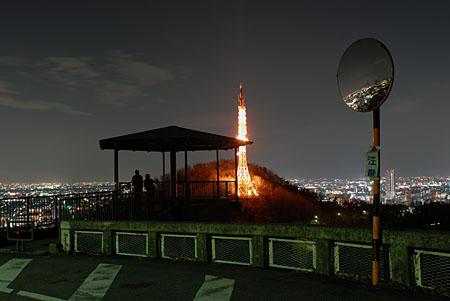 金華山第二展望台の夜景