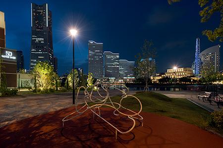 北仲通北第二公園の夜景